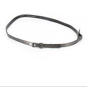 Burberry London skinny belt